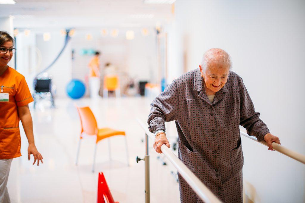 La necesidad de rehabilitación en ancianos