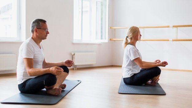 yoga adultos mayoresw